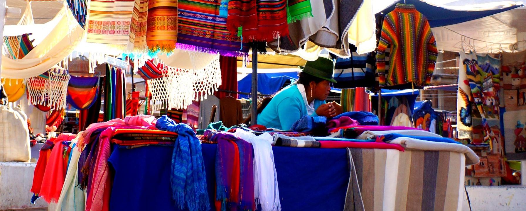 5D-4N Quito - Otavalo / Hiking in Ecuador / Private Premium service